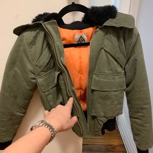 Unif zipper hooded olive and orange bomber